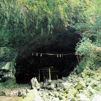 高千穂の天の岩戸神社パワースポット天安河原の場所、アクセス、駐車場は?